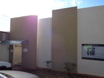 Alugar Comercial / Ponto Comercial em Botucatu. apenas R$ 1.000,00