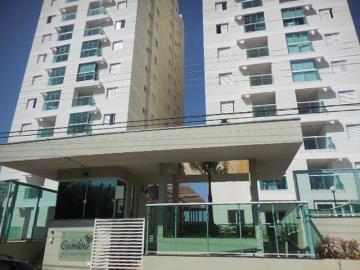 Alugar Apartamento / Padrão em Botucatu. apenas R$ 1.500,00