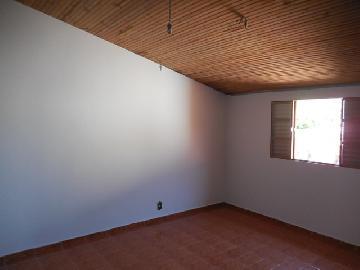 Alugar Casa / Padrão em Botucatu R$ 600,00 - Foto 3