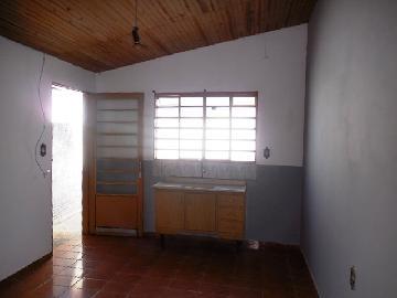 Alugar Casa / Padrão em Botucatu R$ 600,00 - Foto 6