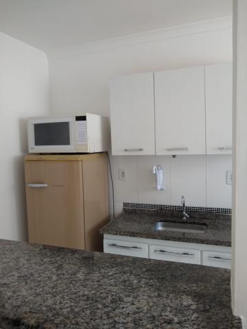 Alugar Apartamento / Mobiliado em Botucatu R$ 950,00 - Foto 2