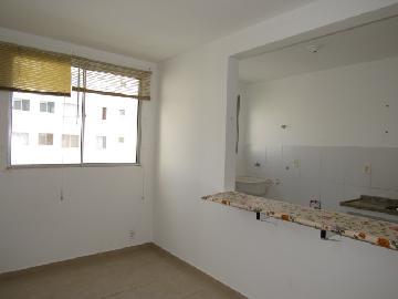 Alugar Apartamento / Padrão em Botucatu R$ 650,00 - Foto 8