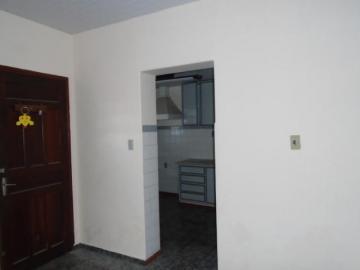 Alugar Comercial / Casa Comercial em Botucatu R$ 1.100,00 - Foto 9