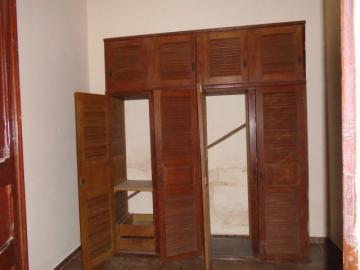 Alugar Comercial / Casa Comercial em Botucatu R$ 1.100,00 - Foto 13