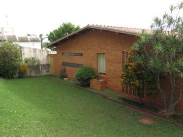 Alugar Casa / Padrão em Botucatu. apenas R$ 530.000,00