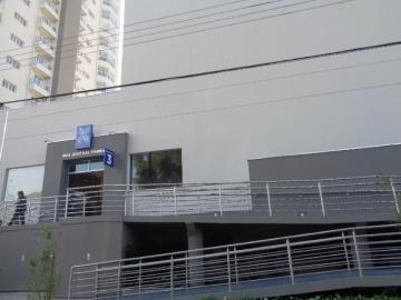 Comercial / Loja em Botucatu Alugar por R$3.000,00