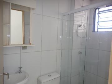 Alugar Apartamento / Padrão em Botucatu R$ 550,00 - Foto 7