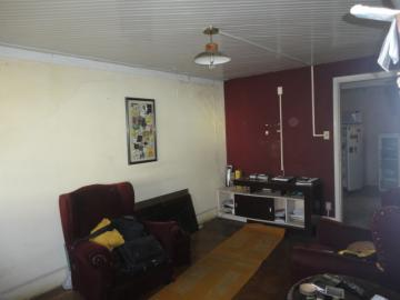 Alugar Comercial / Casa Comercial em Botucatu. apenas R$ 1.000,00