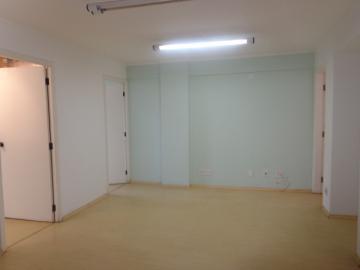 Comercial / Sala em Botucatu Alugar por R$1.200,00