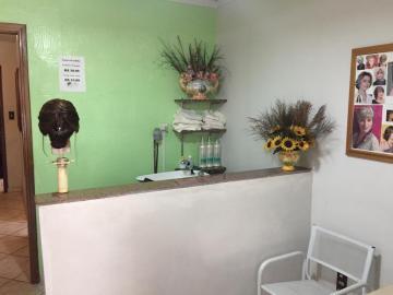 Comprar Casa / Padrão em Botucatu R$ 350.000,00 - Foto 2