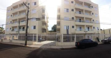 Apartamento / Padrão em Botucatu , Comprar por R$380.000,00