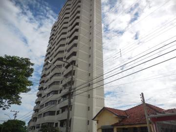 Alugar Apartamento / Padrão em Botucatu. apenas R$ 900.000,00