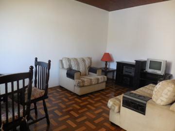 Casa / Padrão em Botucatu Alugar por R$2.800,00