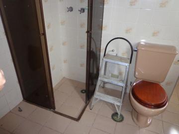 Alugar Apartamento / Padrão em Botucatu R$ 2.000,00 - Foto 13