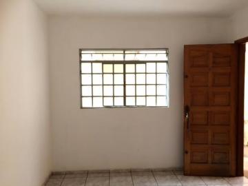 Alugar Apartamento / Padrão em Botucatu. apenas R$ 150.000,00