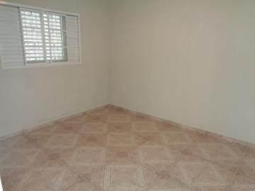 Comprar Apartamento / Padrão em Botucatu R$ 150.000,00 - Foto 8