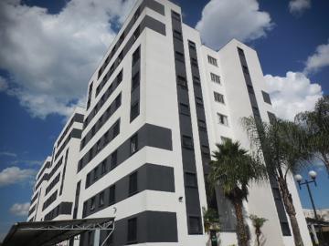 Alugar Apartamento / Padrão em Botucatu. apenas R$ 195.000,00
