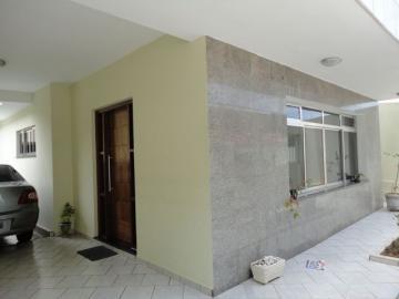 Alugar Casa / Sobrado em Botucatu. apenas R$ 2.300,00