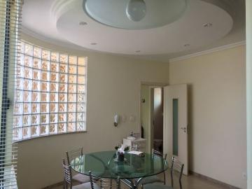 Alugar Casa / Padrão em Botucatu. apenas R$ 920.000,00