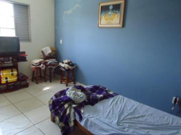 Comprar Comercial / Casa Comercial em Botucatu R$ 380.000,00 - Foto 4