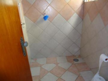 Comprar Comercial / Casa Comercial em Botucatu R$ 380.000,00 - Foto 6