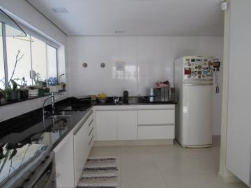 Alugar Casa / Sobrado em Botucatu. apenas R$ 980.000,00