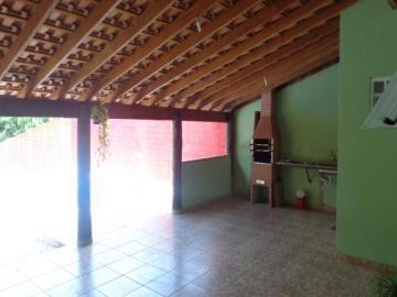 Comprar Casa / Padrão em Botucatu R$ 260.000,00 - Foto 6