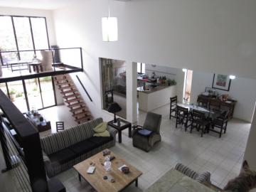 Alugar Casa / Padrão em Botucatu. apenas R$ 890.000,00
