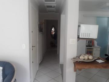 Comprar Apartamento / Padrão em Guarujá R$ 300.000,00 - Foto 3