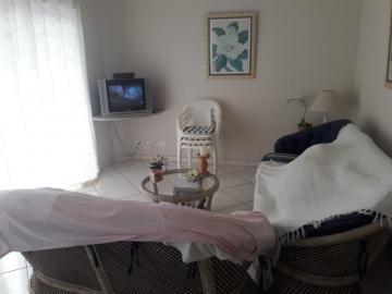Alugar Apartamento / Padrão em Guarujá. apenas R$ 300.000,00