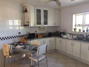 Alugar Casa / Padrão em Botucatu. apenas R$ 780.000,00