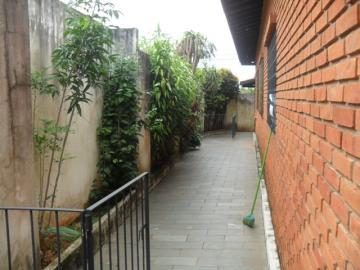 Comprar Casa / Padrão em Botucatu R$ 750.000,00 - Foto 3