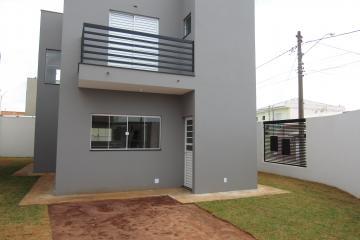 Alugar Casa / Sobrado em Botucatu. apenas R$ 425.000,00