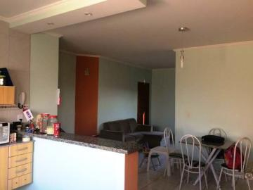 Alugar Casa / Padrão em Botucatu. apenas R$ 270.000,00
