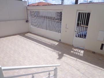 Alugar Casa / Padrão em Botucatu R$ 3.300,00 - Foto 2
