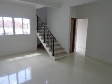 Alugar Casa / Padrão em Botucatu R$ 3.300,00 - Foto 3