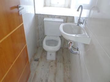 Alugar Casa / Padrão em Botucatu R$ 3.300,00 - Foto 4