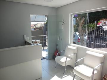 Alugar Comercial / Sala em Botucatu. apenas R$ 800,00