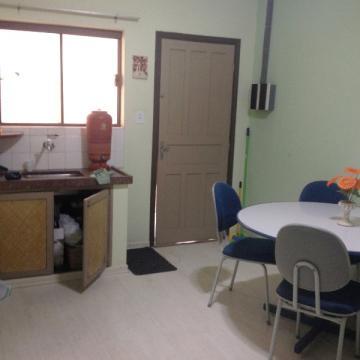 Alugar Comercial / Casa Comercial em Botucatu. apenas R$ 1.400,00