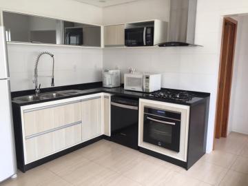 Comprar Casa / Sobrado em Botucatu R$ 970.000,00 - Foto 2