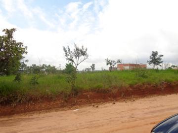 Alugar Terreno / Padrão em Botucatu. apenas R$ 40.000,00