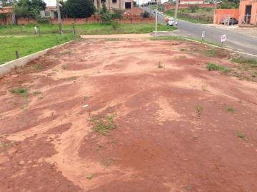 Alugar Terreno / Padrão em Botucatu. apenas R$ 145.000,00