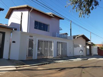 Casa / Sobrado em Botucatu , Comprar por R$700.000,00