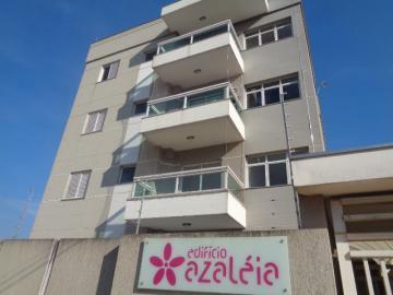 Alugar Apartamento / Padrão em Botucatu. apenas R$ 1.700,00