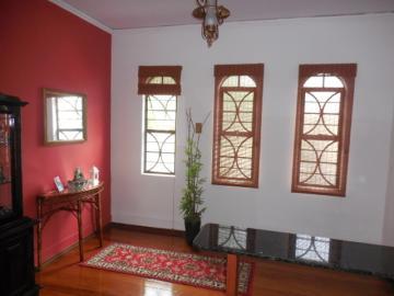 Comprar Casa / Sobrado em Botucatu R$ 650.000,00 - Foto 2