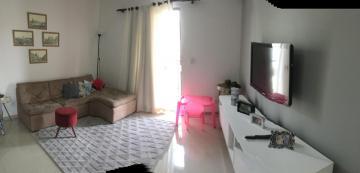 Alugar Apartamento / Padrão em Botucatu. apenas R$ 380.000,00