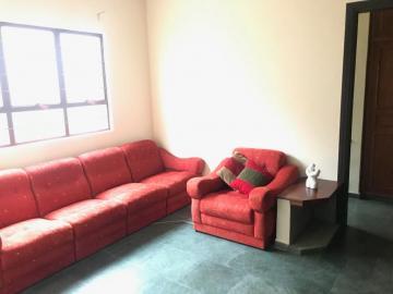Comprar Casa / Padrão em Botucatu R$ 800.000,00 - Foto 4