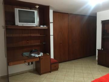 Comprar Casa / Padrão em Botucatu R$ 800.000,00 - Foto 5