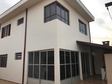 Comprar Casa / Padrão em Botucatu R$ 800.000,00 - Foto 16