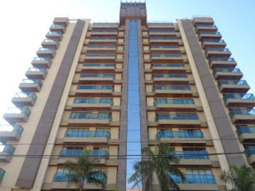 Apartamento / Padrão em Botucatu Alugar por R$3.500,00